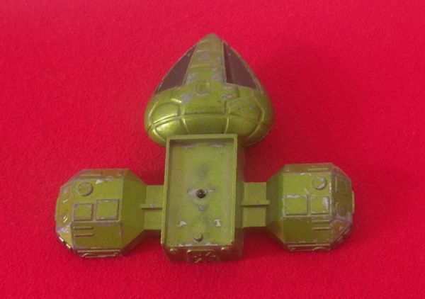 Dinky Toys 359 - Original - Space 1999 Eagle Transporter Green front Cabin and upper section